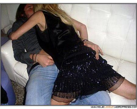 Lindsay Lohan - seks na Capri - impreza