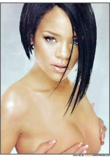 Rihanna nago
