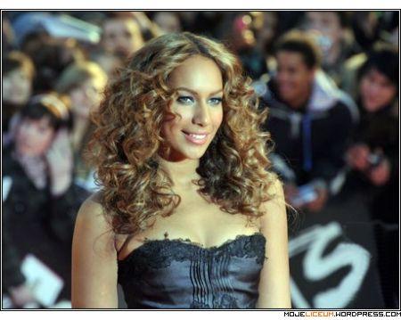 Leona Lewis nago dla PETA
