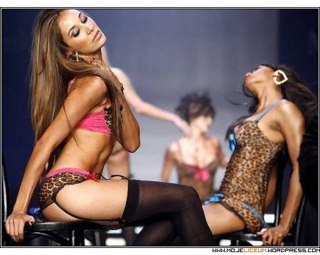 Pussycat Dolls (pokaz mody)
