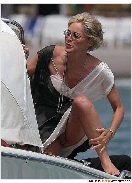 Sharon Stone bez majtek
